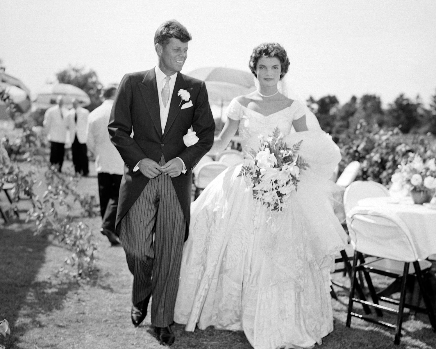 Four Most Iconic Wedding Gowns Of The Past Century Denon Doyle